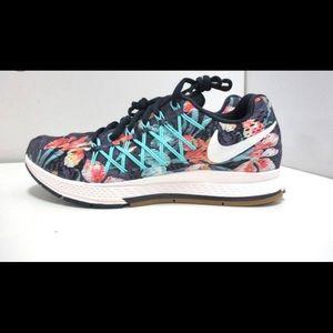Nike Shoes - Nike shoes 👟